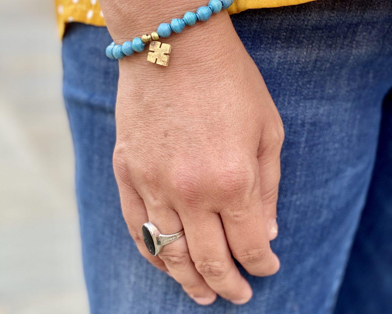 cross-charm-bracelet-turquoise